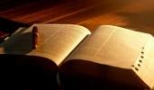 Los evangélicos abandonan la autoridad bíblica